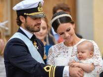 Prinz Carl Philip und Prinzessin Sofia mit Baby Alexander