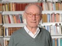 Edzard Reuter wird 85