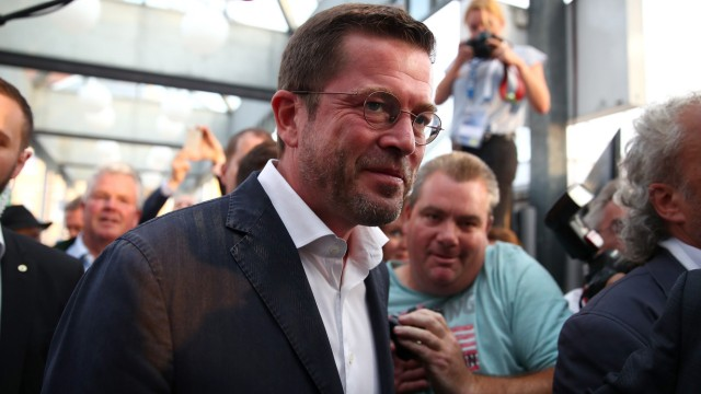 Former German Defense Minister Karl-Theodor zu Guttenberg arrives at a CSU election campaign in Kulmbach