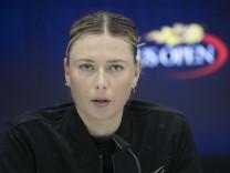 Sharapova defeats Babos