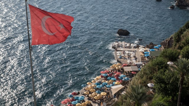 Turkey's Tourism Industry Shows Signs of Recovery