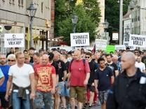 Cottbus Demonstrationen im Stadtgebiet Am Dienstag fanden in der Innenstadt von Cottbus zwei Versa