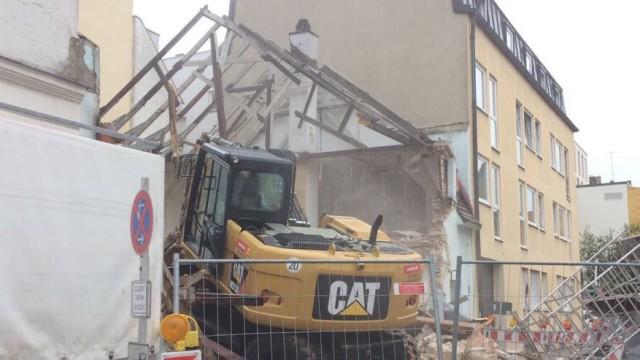 Häufig Illegaler Abriss in Giesing: Bauherrn droht Bußgeld - München VG49
