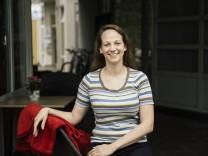 Unterhaching, Café Kalani, Porträts der Bundestagskandidaten, Katharina Graunke, ödp