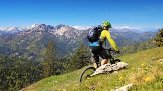 Umwelt und Naturschutz in Bayern Technik contra Muskelkraft