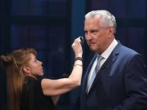 Joachim Herrmann Innenminister des Freistaates Bayern CSU in der ARD Sendung Der Fünfkampf nach d