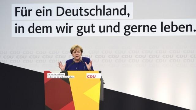 Merkel Campaigns In Delbruck