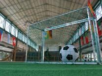 Fußballdekoration in der Schrannenhalle, 2006