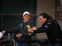 Nico Rosberg GER L Mercedes GP MGP W01 and Robert Kubica POLEN Renault R30 PUBLICATIONxNOTxINxU