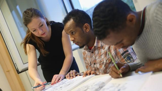 Migrants Seeking Asylum Learn German
