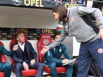 04 03 2017 xjhx Fussball 1 Bundesliga FSV Mainz 05 VfL Wolfsburg emspor v l Co Trainer Fredd