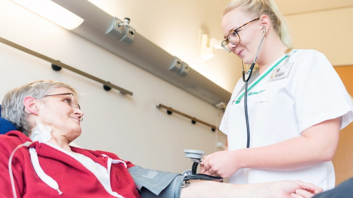 Gesundheits- und Krankenpflegerin Elisa Siebler