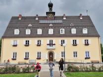 Neubiberg, Rathaus,