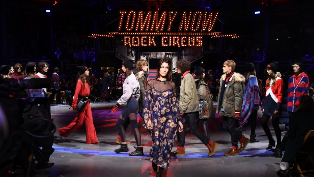 Tommy Hilfiger TOMMYNOW Fall 2017 - Runway