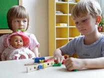 Montessori Kita in Berlin Montessori Kindergarten Berlin 02 07 2007 Berlin Deutschland PUBLI