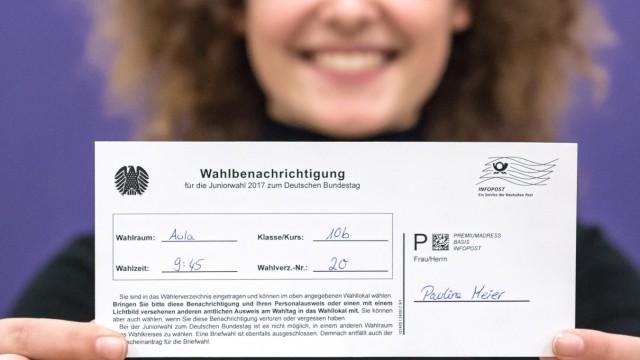 """Süddeutsche Zeitung Ebersberg """"Juniorwahl"""" in Ebersberg"""