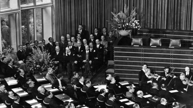Alliierten Hohe Kommissare bei der Eröffnung des Deutschen Bundestags in Bonn, 1949