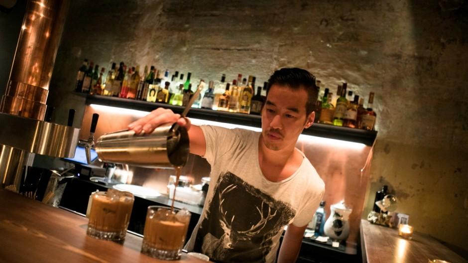 Kuschlige Bar im Westend: \