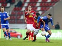Erfurt 20 09 2017 FC Rot Weiß Erfurt gegen SpVgg Unterhaching im Bild A Razeek RWE gegen O K