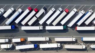 Lkw-Parkplätze an Autobahnen