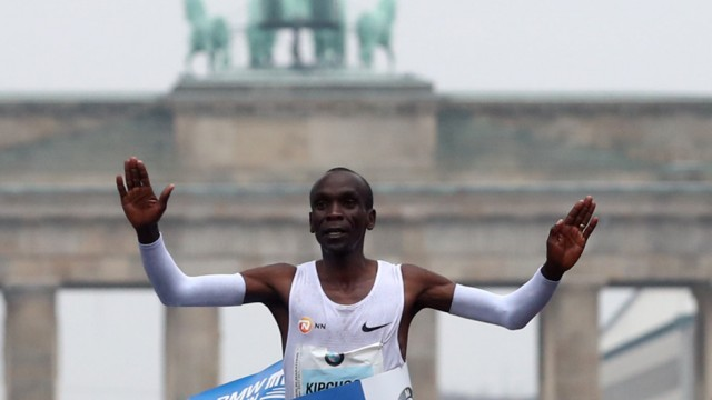 Athletics - Berlin Marathon