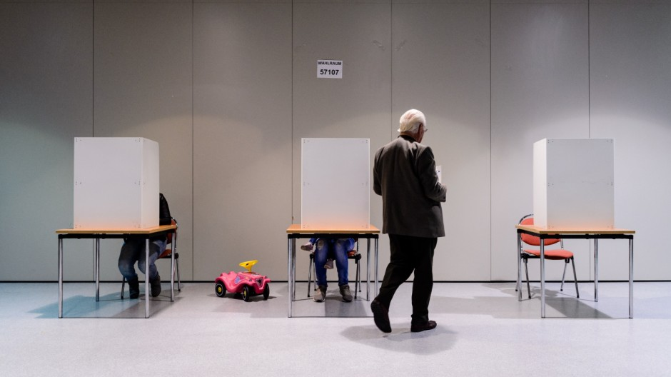 Germans Go The Polls In Federal Elections