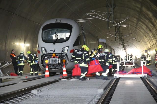 Neubaustrecke Erfurt-Ebensfeld Notfallübung  Foto: DB AG/Hannes Frank