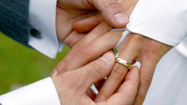 Verheiratet, aber immer noch allein gelassen