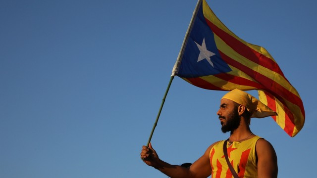*** BESTPIX *** Preparations Are Made Leading Up To The Catalan Independence Referendum