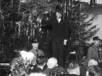 Adolf Hitler im Bürgerbräukeller, 1925
