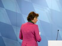 Christine Haderthauer tritt zurück