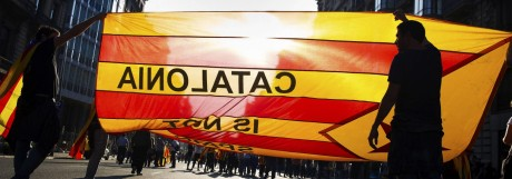 Bilder des Tages Spanien Katalonische Proteste in Barcelona A view of a protest at Barcelona s Univ