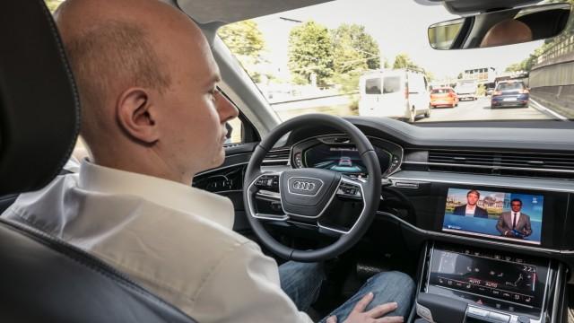 Audi A8 Stauassistent Piloted Driving Autonomes Auto Staupilot