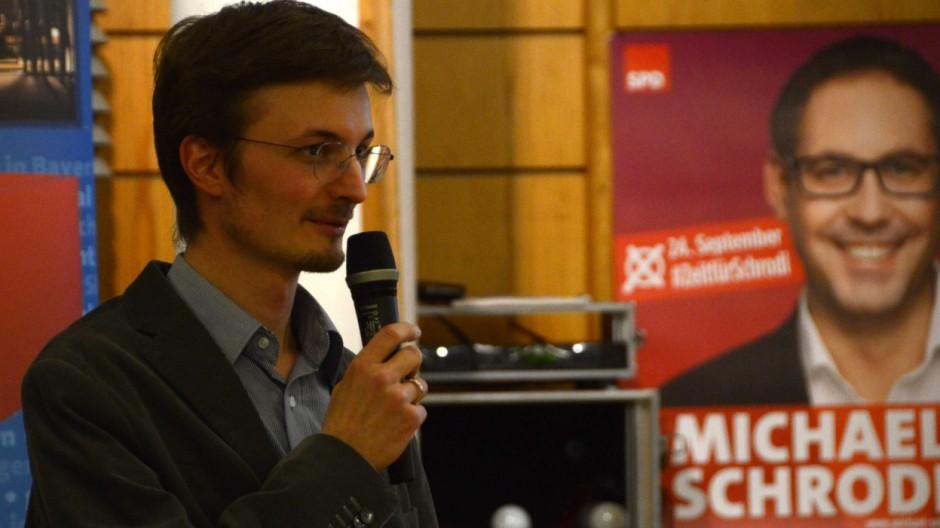 dc2ef88e8847 Bei einer Wahlnachlese diskutieren Dachauer Sozialdemokraten die Ursachen  des schlechten Abschneidens ihrer Partei auch in der Kreisstadt.