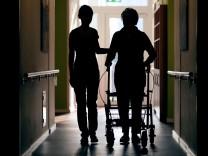 Arbeitsbelastung für Pflegekräfte in Thüringen gestiegen