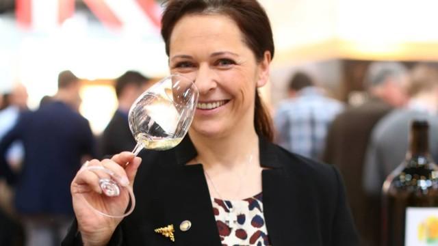 Wein Weinexpertin Annemarie Foidl