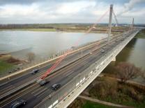 Rheinbrücke bei Leverkusen