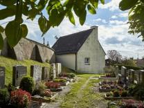 Aussegnungshalle  Friedhofskapelle