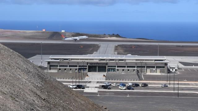 Neuer Flughafen auf Napoleons Verbannungsinsel St. Helena