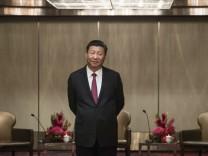 Xi Jinping in Hongkong