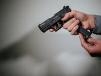 Mehr Kleine Waffenscheine in Sachsen - Wirkungen auf Waffenverkau