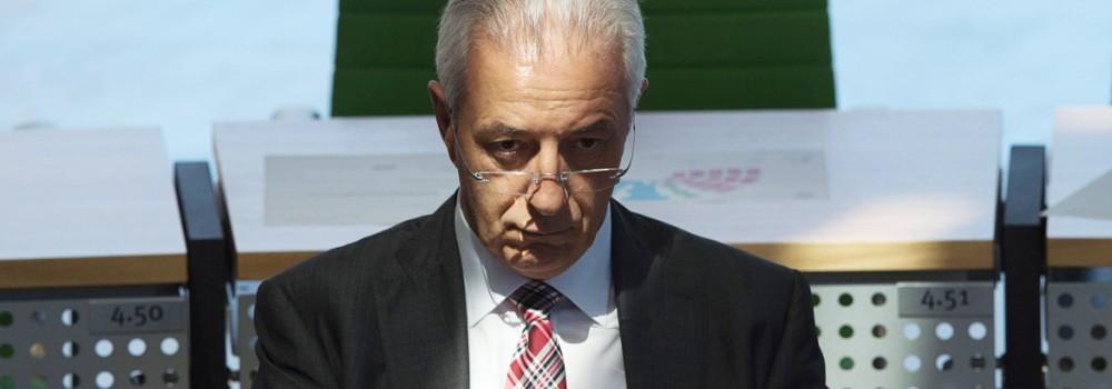 Nach Wahlschlappe - Sachsens Regierungschef Tillich tritt zurück