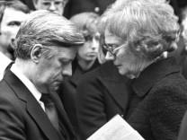Helmut Schmidt und Waltrude Schleyer