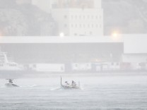 170908 VALLETTA Sept 8 2017 Rowing teams struggle to race with each other during the annu