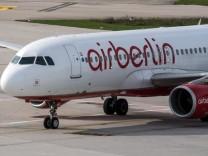 Ein Air Berlin-Flieger darf Island nicht verlassen.