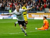 Bundesliga - Eintracht Frankfurt vs Borussia Dortmund