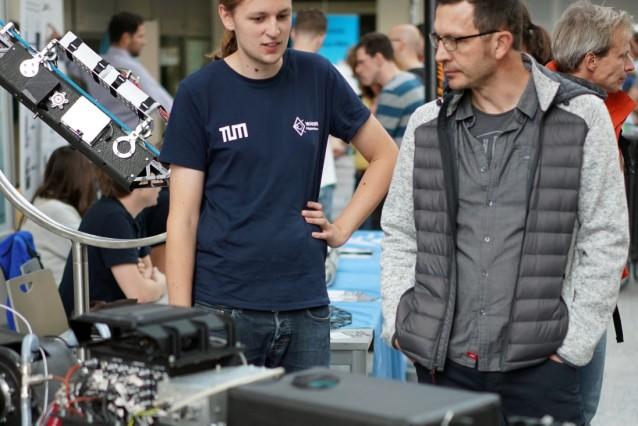 Garching: TUM Forschungs-Campus / Tag der offenen Tür
