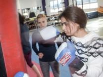 FÜR BAYERNREDAKTION Boxtraining für Mädchen