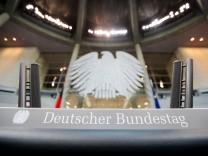Plenarsaal des Bundestages wird umgebaut