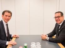 SONDIERUNGSGESPRÄCH ÖVP - FPÖ: KURZ / STRACHE